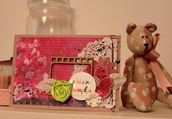Papier (je n'ai plus la ref) Karine kazenave et chocolat lait kraft BL07 Stickers ST-0074 Ruban décoratif  Petite et moyenne fleurs papier Encre ginkos lila poudré Découpe bois pellicule